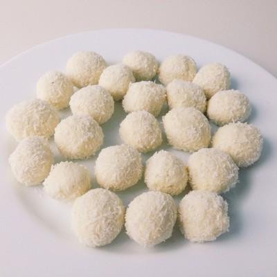 Кокосовые конфеты - фото, изображение