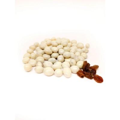 Изюм в белом шоколаде - фото, изображение